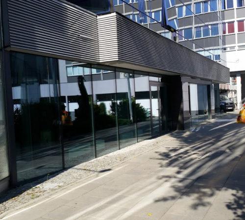 Biurowiec-PGNiG-fasada-aluminiowa-Rolex-Zielona-Góra