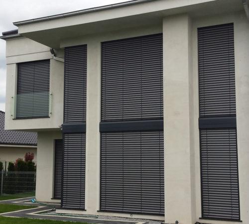 Okna-aluminiowe-adrzwi-zaluzje-wewnętrzne-Rolex-Zielona-Gora